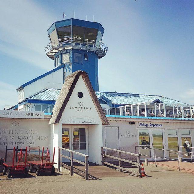 Der wohl kleinste Flughafen Deutschlands sylt flughafen airport cute urlaubhellip