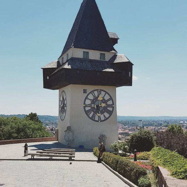 Graz  immer wieder einen Besuch wert graz uhrturm sommerhellip